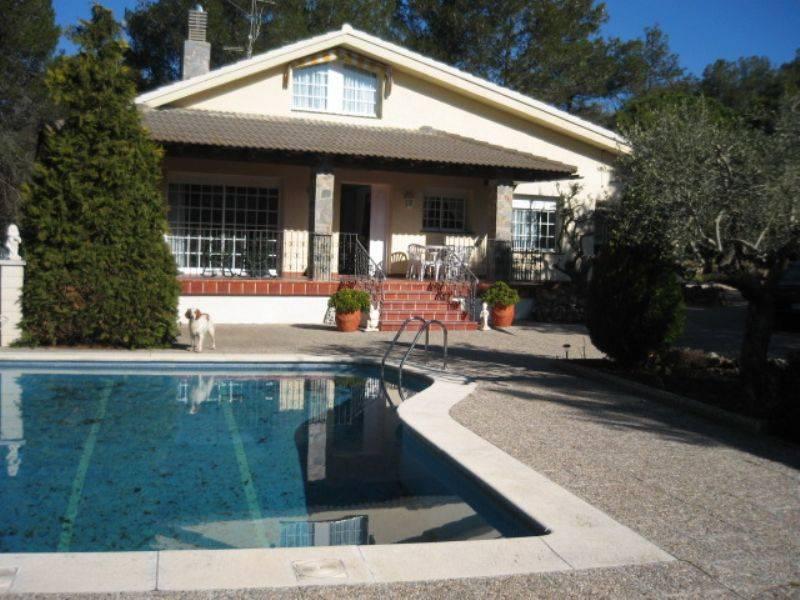Foto 500-img814563-2021670. Casa estupenda con finca ajardinada en Querol