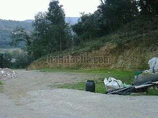 Finca r�stica en Carrer baix ebre, 32. Solar edificable junto zona verde